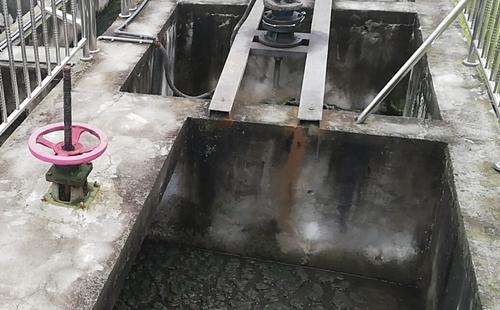 清除水库淤泥